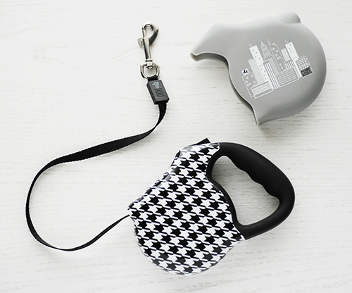 Avant Garde Snap Case: Custom Retractable Leashes by 26 Bars & a Band