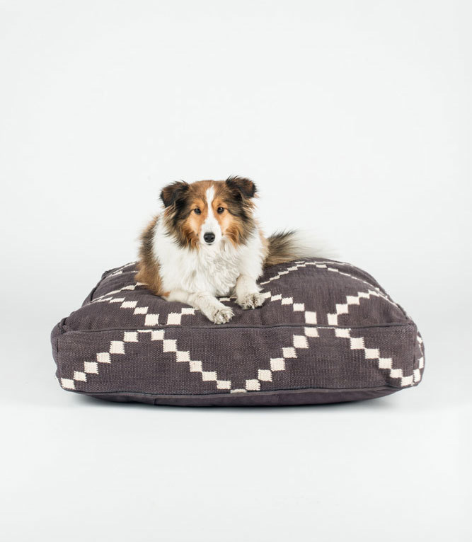Fillydog-artisanal-beds-collars-4