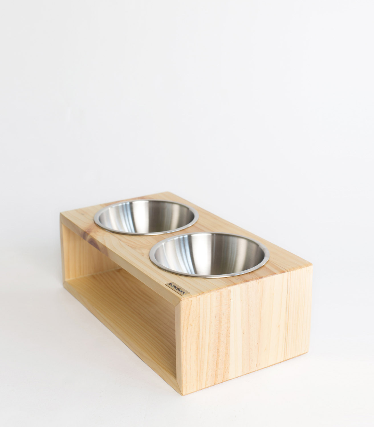 barketek-modern-dog-feeder