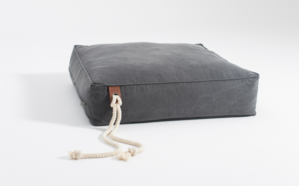 Pilvi: A Modern Dog Bed from BAD MARLON