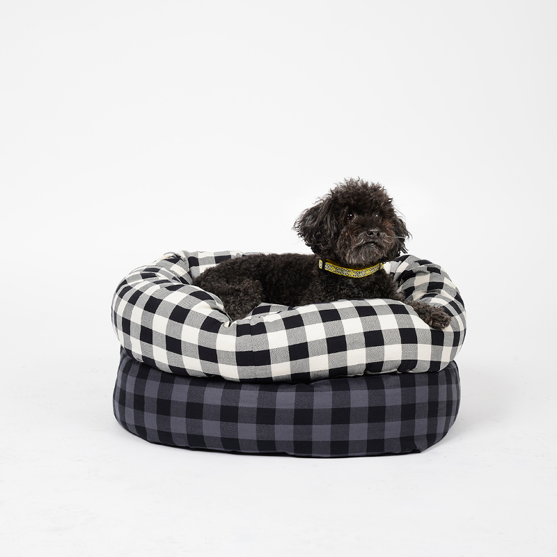 Dog Milk Holiday Gift Guide: Colorful Bowls, Beds, and Toys from Waggo