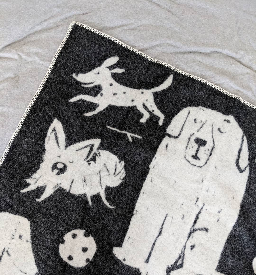 Dog Park Blanket from Four Legs / Four Walls