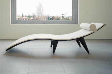 Line Chaise