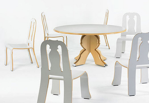 Queen Anne Dining Set by Robert Venturi