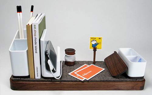 i/o Desk Organizer