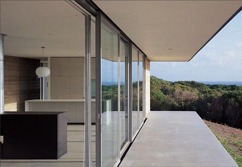 Johanna House in Australia by Nicholas Burns