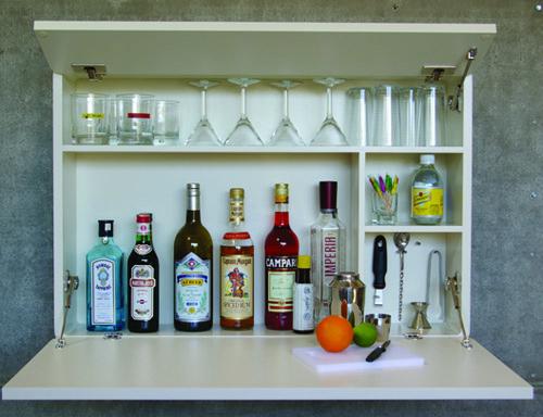 first aid bar urbancase