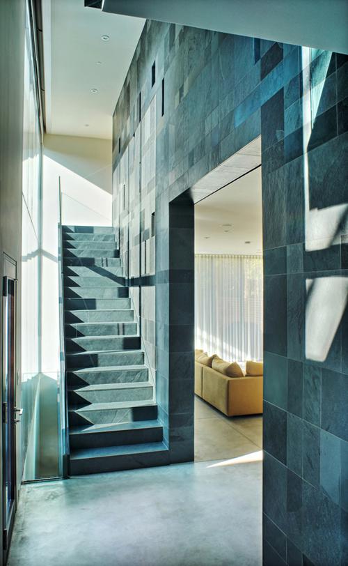 Cascade House, Canada, by Paul Raff Studio