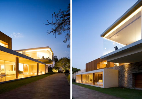 Flamboyants House in Brazil by Marcio Kogan in architecture  Category