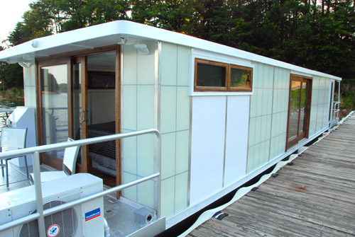 MetroShip House Boat by Ballinger & Co. in main architecture  Category