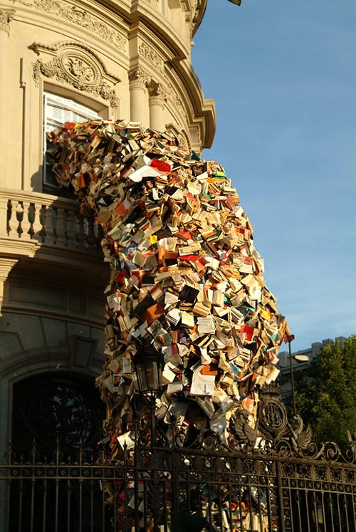 cascading books