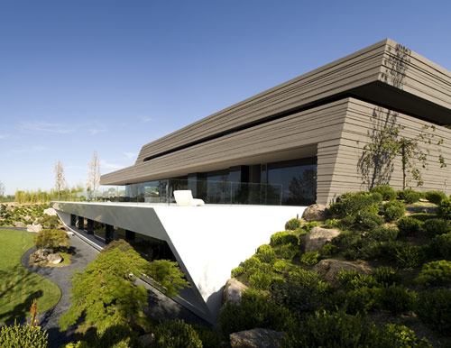 Somosaguas House in Spain by A-cero