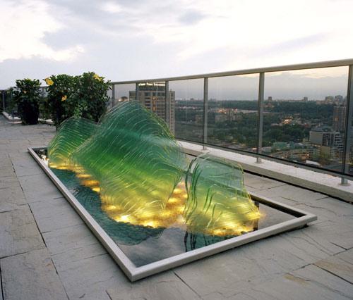 glass-rock-garden-swon