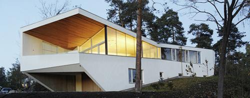 White House in Norway by Jarmund/Vigsnaes