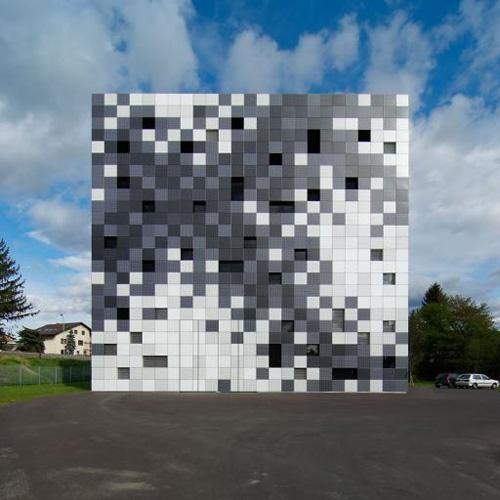 Frog Queen in Austria by SPLITTERWERK in main architecture  Category