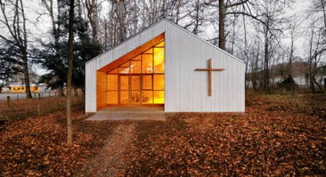 Junquillos Chapel in Chile by Claudio Baladron and Diego Grass