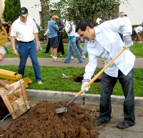 3-dd-eeko-mayordigging