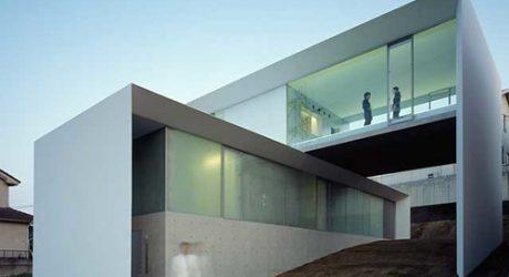 AR House in Japan by Kubota Architect Atelier