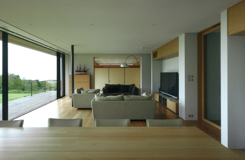 House with oceanic views-3