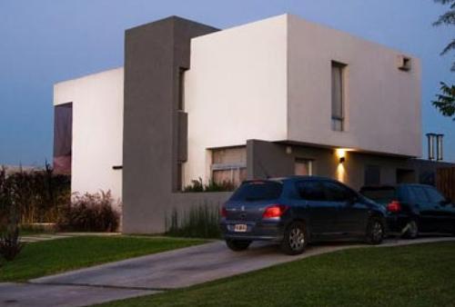 House in Santa Catalina by Nicolás del Campo