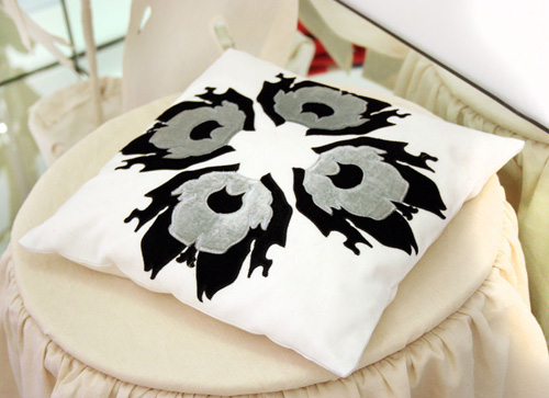 Scintilla Pillows