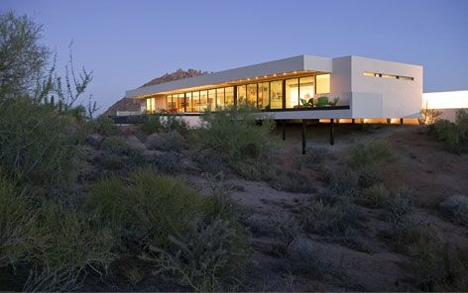 Bradley Residence in Arizona by Michael P. Johnson