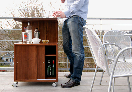SPD Sideboard Outside with person 01