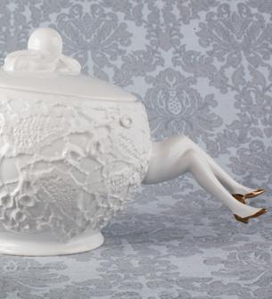Legs Tea Set