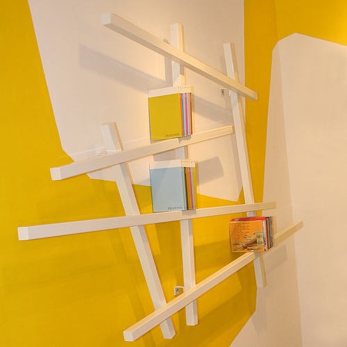 mikado bookshelf by edition compagnie