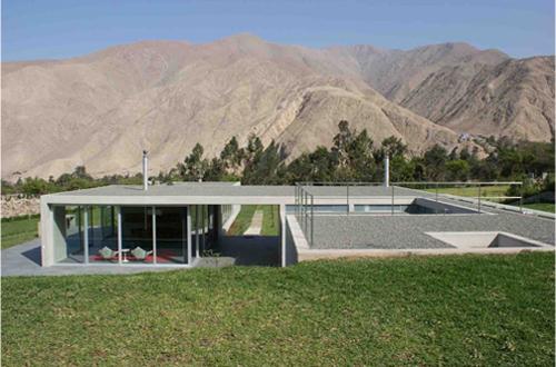House in the Andes by Juan Carlos Doblado