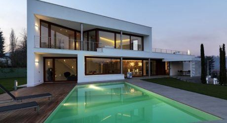 B House in Italy by Damilano Studio