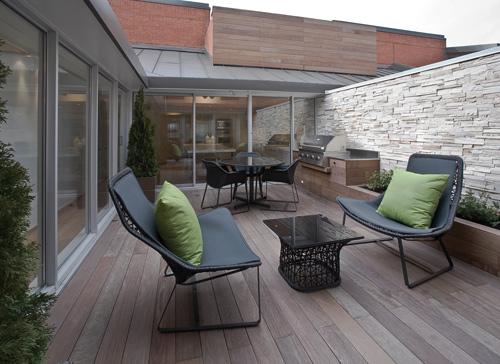 DW Lofts in Toronto by Taylor Smyth Architects