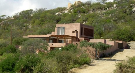 Casa Shelly in Mexico by ColectivoMX