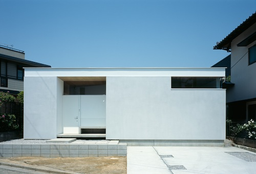 F-White House in Japan by Takuro Yamamoto Architects
