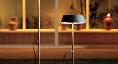 The Outdoor Floor Lamp
