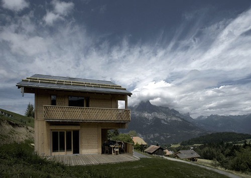 Chalet Lanel in France by Andreas Fuhrimann and Gabrielle Hächler