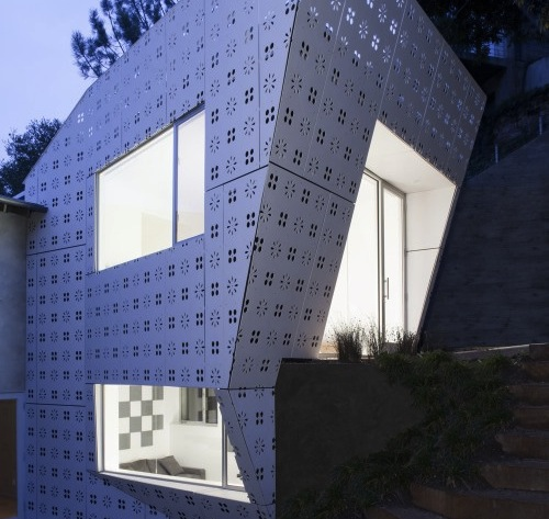 Diamond House in California by XTEN Architecture