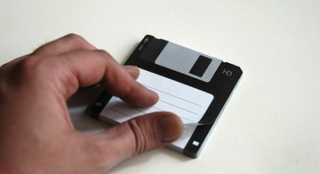 Disk-it Sticky Notes by Burak Kaynak