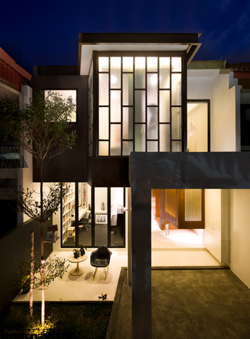 House Addition in Singapore by Formwerkz