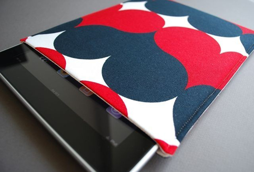 ipad-techee-sleeve-02