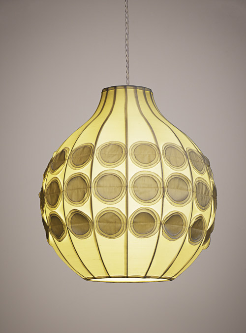 lisa-hilland-pompom-lamp