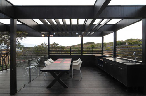 Rodríguez Harvey House by Nicolás Loi Architects in main architecture  Category