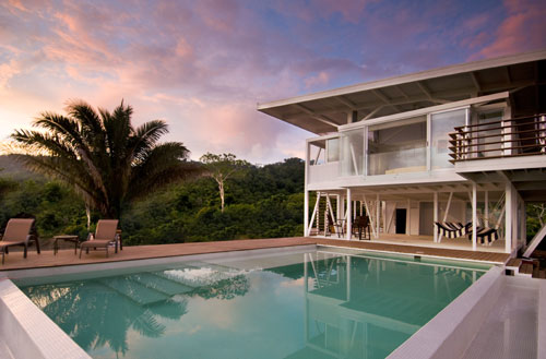 Iseami House in Costa Rica by Robles Arquitectos