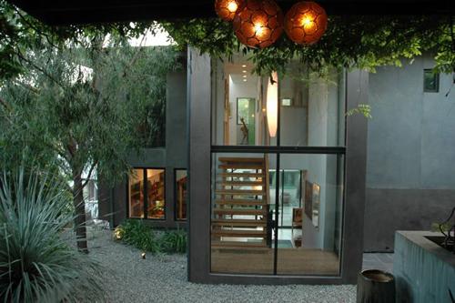 Dwell on Design Exclusive House Tour: Kameon Otsea Residence