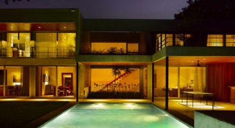 Las Lomas House in Argentina by Estudio Ramos