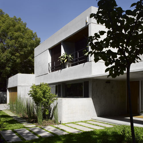 Las Lomas House in Argentina by Estudio Ramos in architecture  Category
