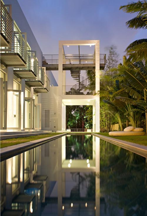 The Belvedere House in Florida by Shulman + Associates in main architecture  Category