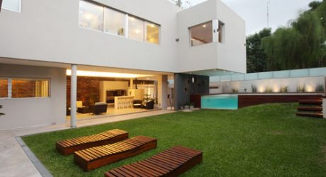 Devoto House in Argentina by Andrés Remy Arquitectos