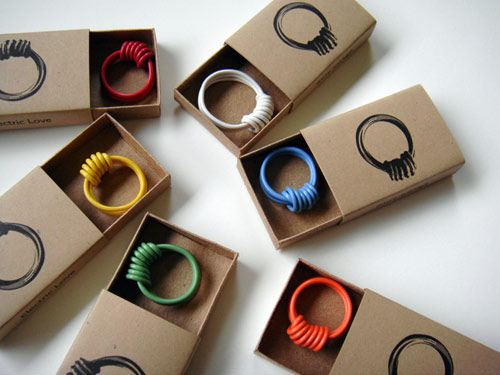 electric-love-ring-4
