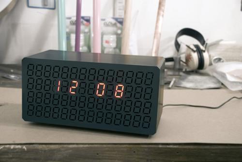 Rich Brilliant Willing Clock Radio in technology main  Category